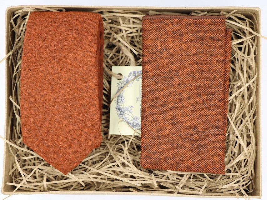 Свадьба - RUSS: Christmas gifts for dad burnt orange tie gift wrapped tie set teacher gift best friend gifts skinny mens tie wool pocket square