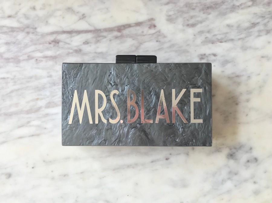 Свадьба - Personalized Acrylic Clutch, Box Clutch, Custom Mrs. Clutch, Bridal Clutch, Custom Bride Clutch, Mrs. Purse, Acrylic Purse, Acrylic Clutch