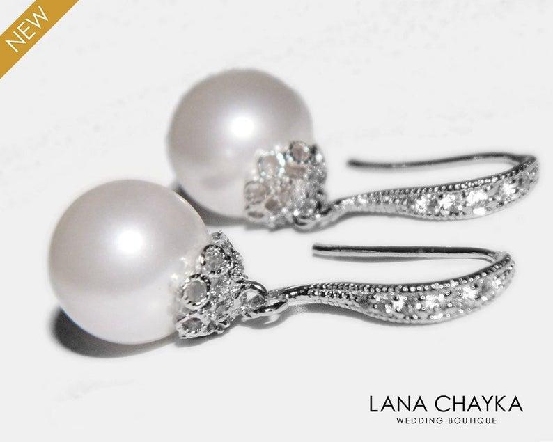 Свадьба - White Pearl Bridal Earrings, Wedding Earrings, Swarovski 10mm Pearl Earrings, Classic Pearl Drop Earring, Bridesmaids, Wedding Pearl Jewelry