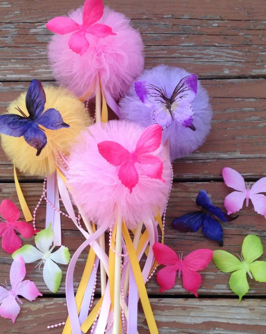 Mariage - 5 Tulle pom poms butterfly  Wand ,Party Decoration,fairy wands,Princess Wands,Butterfly pom pom wands Centerpiece