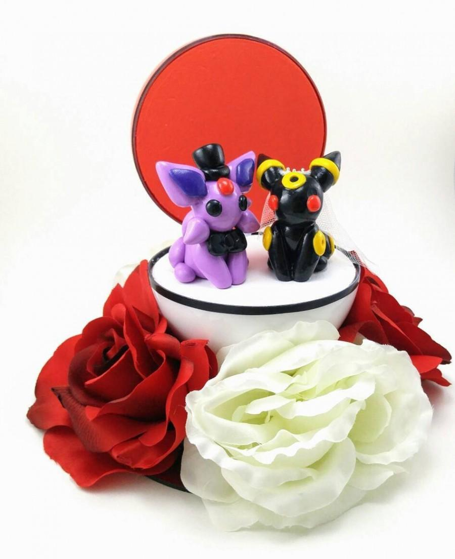 Mariage - Your Choice of Any Pokemon Wedding Cake Topper
