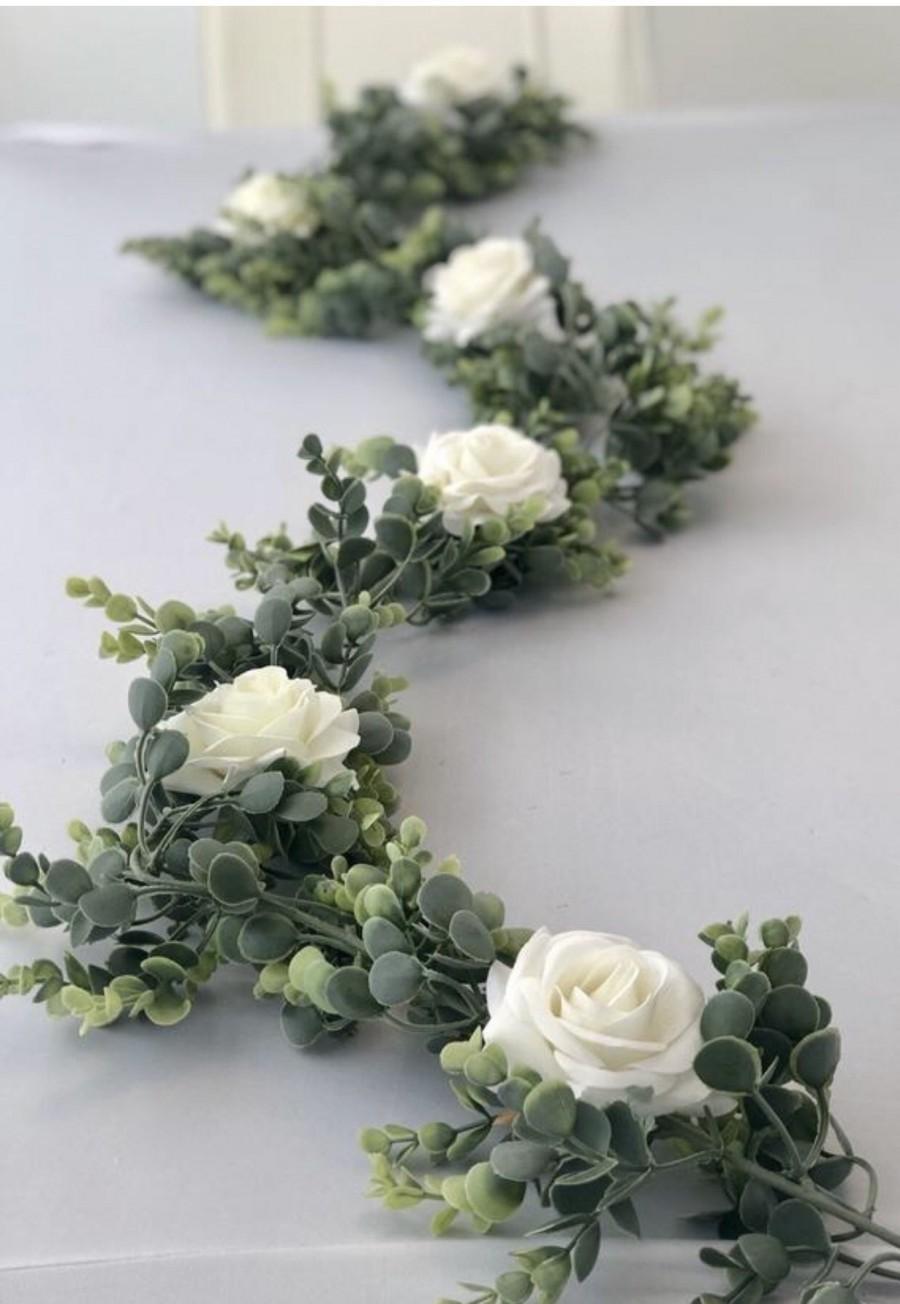 Hochzeit - Eucalyptus Garland, White Rose Eucalyptus Garland, Wedding Centerpiece, Boho Arch Flowers, Greenery Garland, Arch Flowers, Table Runner, Gar