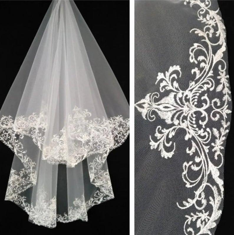 Wedding - bridal veil ivory Lace veil boho Drop Vigne peigne mariage Wedding veil Ivory veils Cathedral ivory wedding veil Fingertip Length Tulle Veil