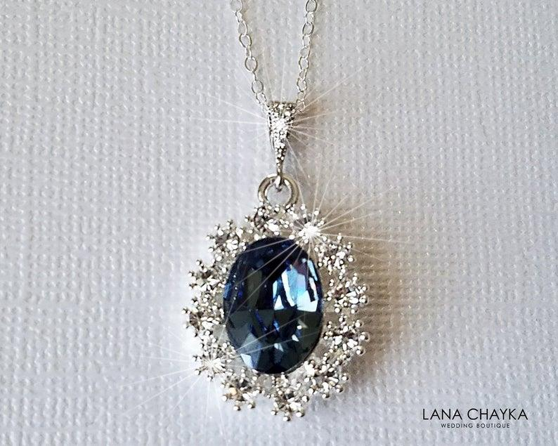 Свадьба - Blue Halo Crystal Necklace, Swarovski Denim Blue Silver Pendant, Blue Oval Bridal Necklace, Wedding Jewelry, Bridal Party Gift, Prom Jewelry