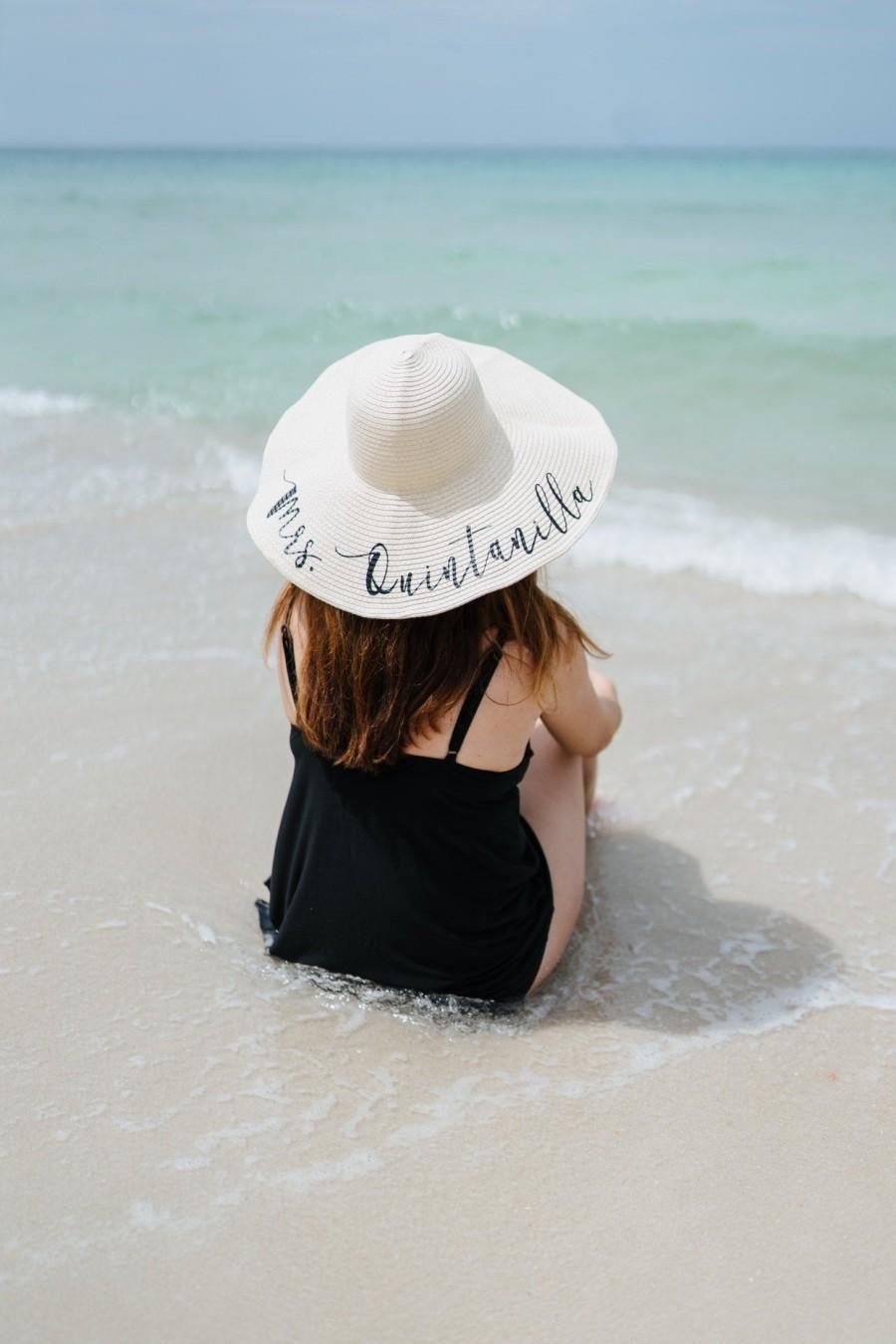 Свадьба - Personalized Honeymoon Floppy Beach Hat - Personalized Beach Hat - Personalized Floppy Beach Hat - Personalized Floppy Hat - Mrs. Beach Hat