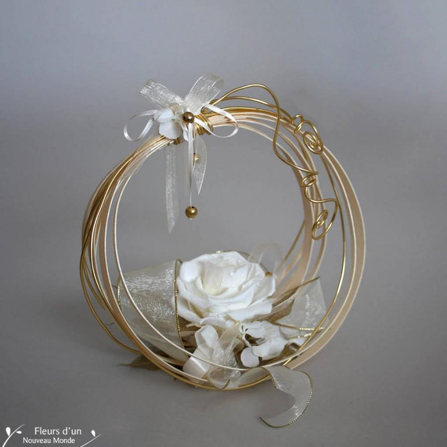 Свадьба - Wedding ring keeper, Gold Ring Bearer Pillow, Natural preserved flowers, Wedding basket, Wedding, Ring holder, White preserved rose