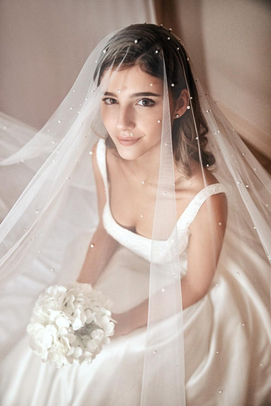 Mariage - Custom design wedding veil/hand made / bride veils/ long/short/over face/ pearls/personalised wedding veil/ivory colour/bridal accessories