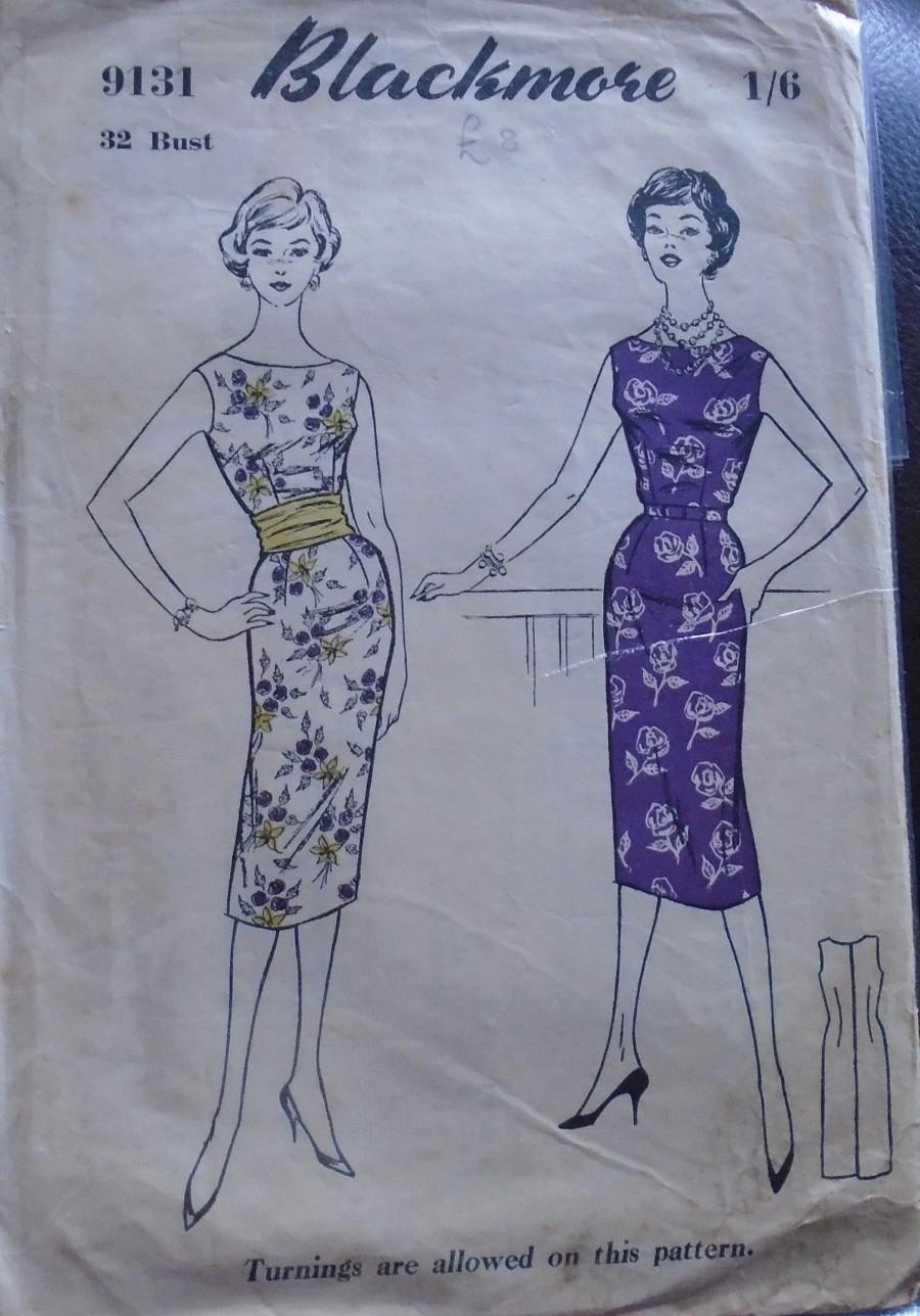 """Mariage - 1 Blackmore 9131 1940's uncut sewing pattern,shift dress with boat neckline  and sleeveless Bust 32"""" size 14    Ref SP1009"""