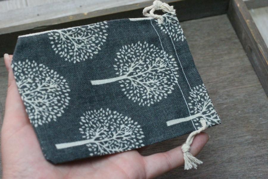 Mariage - Grey Tree Burlap Gift Gemstone Pouch 5.25 x 3.75 Inches Q17