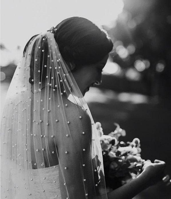 Wedding - Pearls Bridal Fingertip veil, Pearl Wedding Veil Wedding Bridal Veils ivory veil with pealrs Soft Pearl Fingertip length long chapel veil