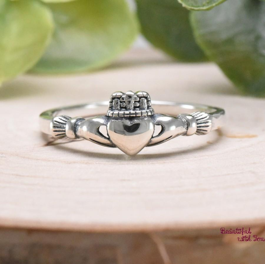 Mariage - Solid 925 Sterling Silver Irish Traditional Celtic Claddagh Ring Womens Dainty Everyday Jewelry Promise Engagement Wedding Band