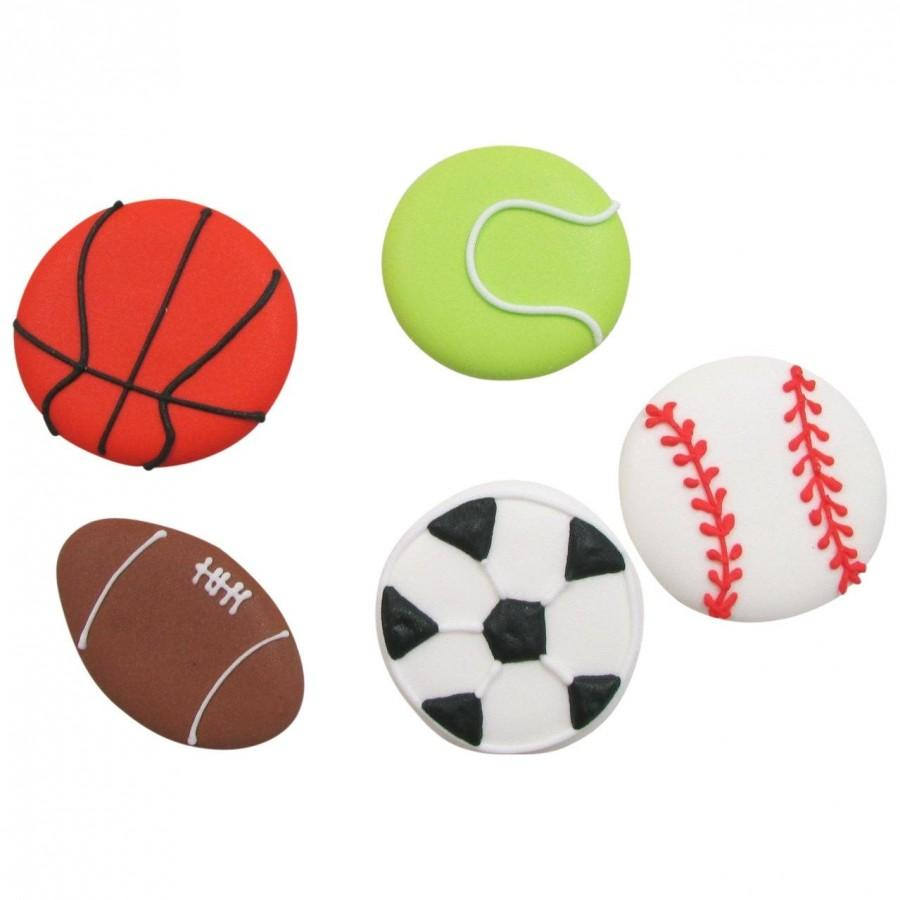 Свадьба - 15 Royal Icing Sport Balls Edible Cupcake Toppers  -  Football, Tennis Ball, Soccer Ball, Baseballs, Basketballs or Assortment!