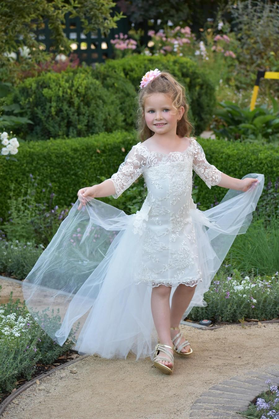 Mariage - Ivory flower girl dress Lace girls party dress Toddler Birthday Princess Girls wedding dress Communion Special occasion off shoulder