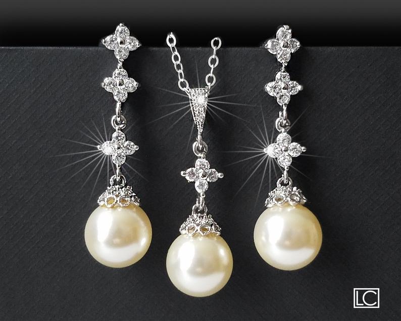 Hochzeit - Pearl Bridal Jewelry Set, Wedding Pearl Silver Jewelry Set, Swarovski Ivory Pearl Set, Earrings&Necklace Bridal Set, Bridal Pearl Jewelry