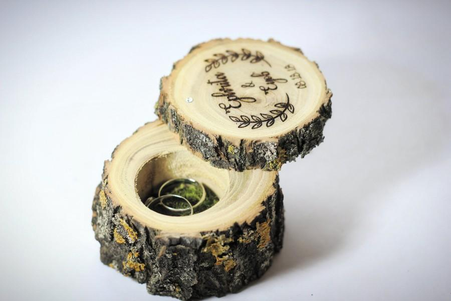 زفاف - Rustic personalized Ring Box & natural green moss, Engraving ring box, wedding ring box, wood ring box,engagement ring box ~ Acacia tree