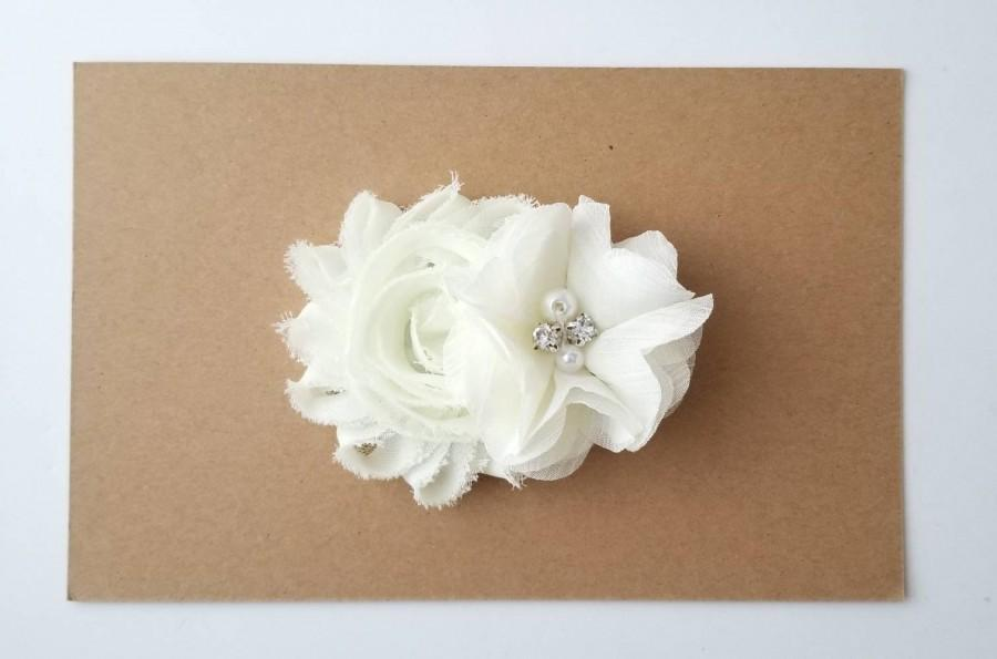 زفاف - Ivory Hair Clip - Flower Girl Clip - Bridal Hair Clip - First Communion Bow - Confirmation Bows - Ivory Bridal Clips - Hair Accessories