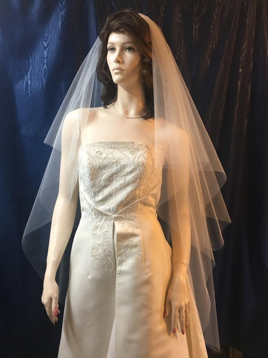 Свадьба - wedding veil,Bridal veil, 2 tier, plain cut edge, circle cut , waltz length, knee length, Sale