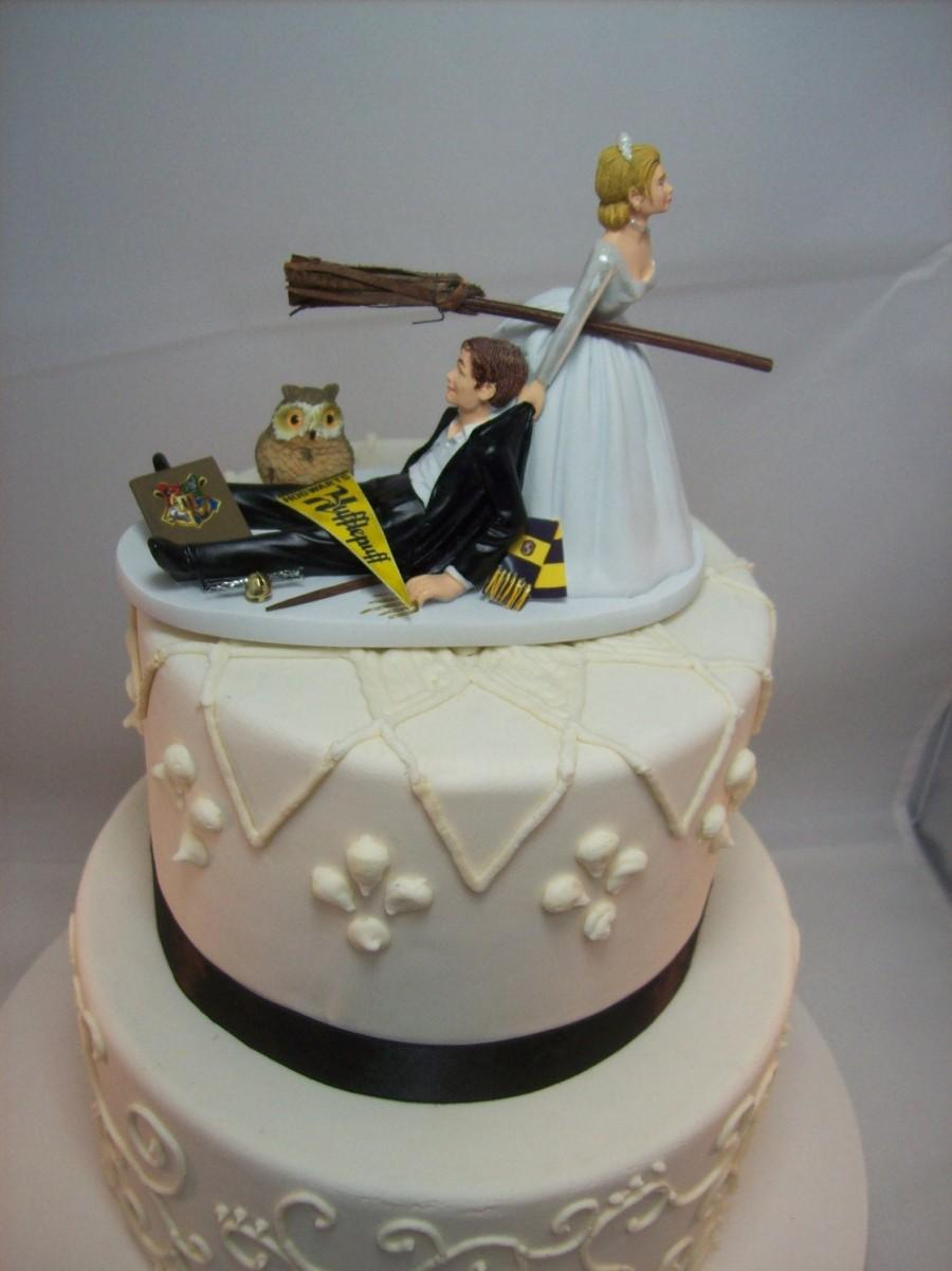 Свадьба - HARRY POTTER Funny Wedding Cake Topper HUFFLEPUFF House Charming Rehearsal Dinner Groom's Cake Magic Wizard Witchcraft Broomstick Owl