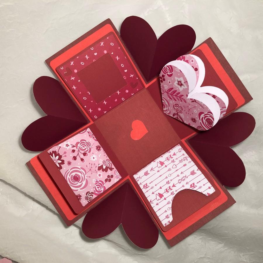 Hochzeit - Love Exploding Gift Box, Includes pockets, envelopes, fold out pieces, note pages. 8 Lid Pattern Choices and BONUS mini pillow box