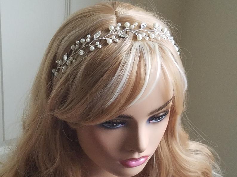 Mariage - Pearl Crystal Bridal Hair Vine, Wedding Floral Hair Vine, Ivory Pearl Crystal Hair Piece, Pearl Leaf Silver Headpiece, Bridal Hair Jewelry