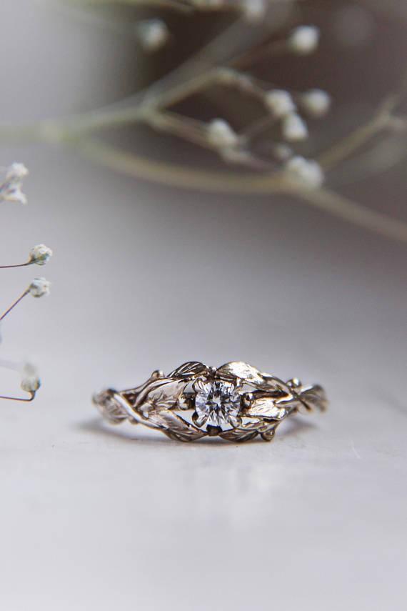 Mariage - White gold engagement ring, 18K gold ring, custom engagement ring, diamond ring, leaves ring, nature ring, gold ring, unique engagement ring