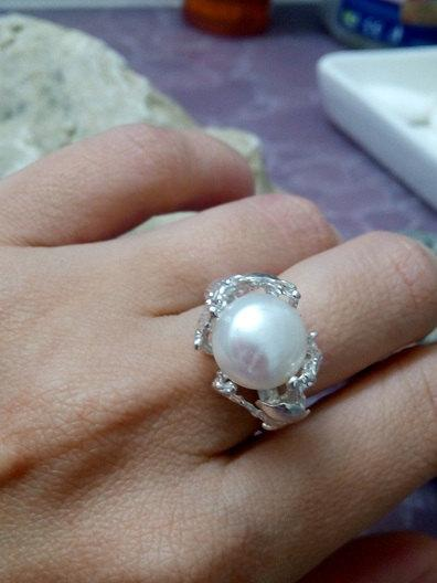 Свадьба - SALE! Big Pearl ring,art deco ring,wedding gift, bridal jewelry,sterling silver ring,cocktail ring, white pearl ring