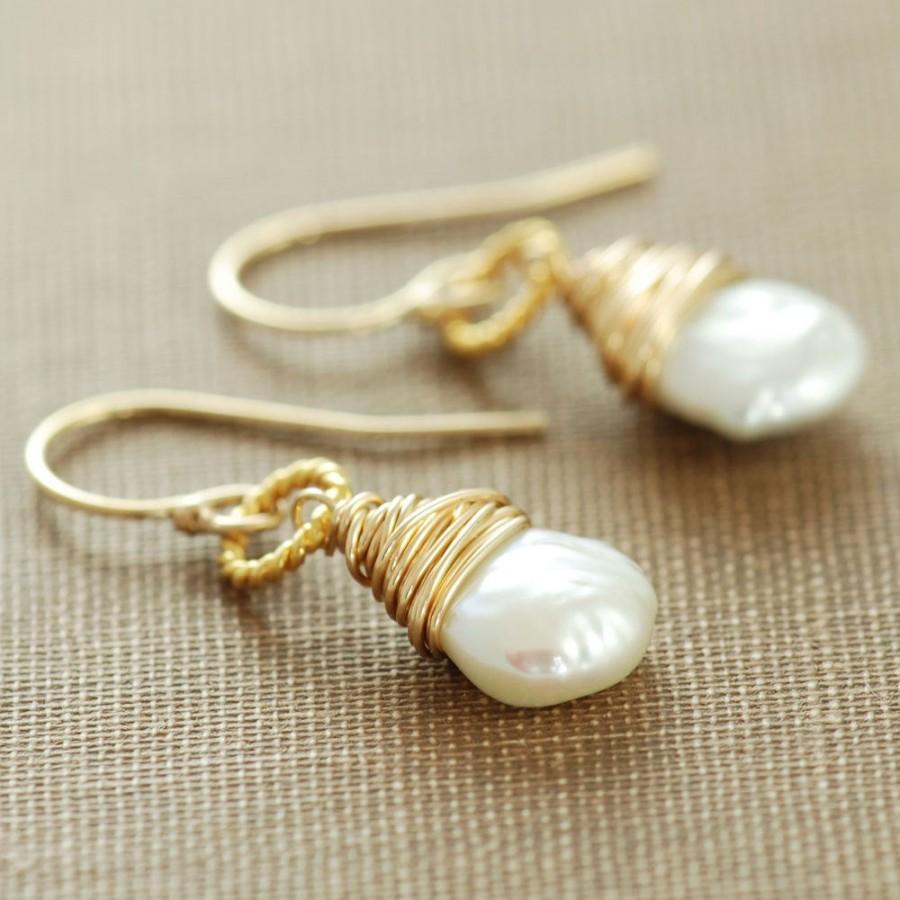 زفاف - Pearl Dangle Earrings 14k Gold Fill, June Birthstone Jewelry, Keishi Pearl Wire Wrapped Handmade, aubepine