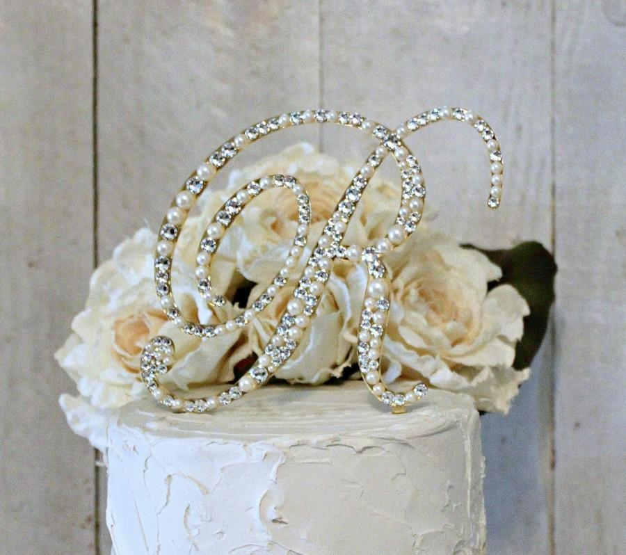 Свадьба - Pearl & Crystal Gold or Silver Wedding Cake Toppers, Rhinestone Pearl Monogram Cake Topper, Bling Pearl, Swarovski Pearl Cake, ANY LETTER
