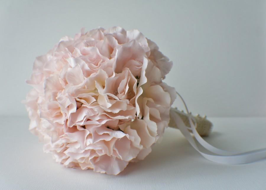 Свадьба - Blush Pink Hydrangea Bouquet, Silk Wedding Flowers, Bridesmaid Bouquet, Rustic Wedding, Vintage Wedding, Bridal Bouquet, Bride, Bridesmade