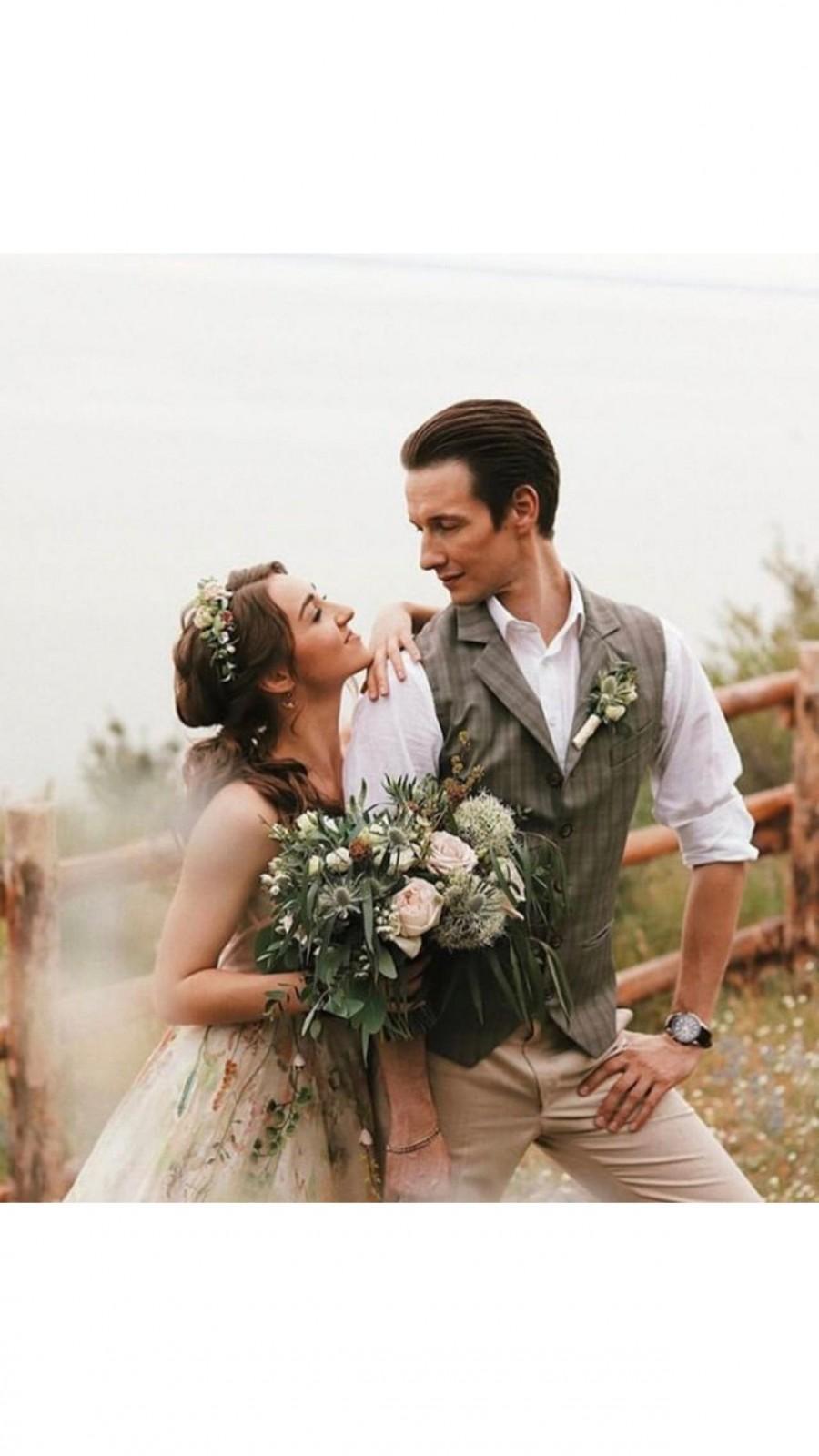 Wedding - Beige Flower crown, Ivory Bridal floral crown, Wedding floral crown, Bridal flower crown, Wedding hairpiece, Woodland wedding,Rustic wedding