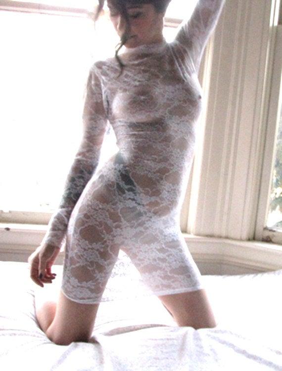 Свадьба - Sheer Dress