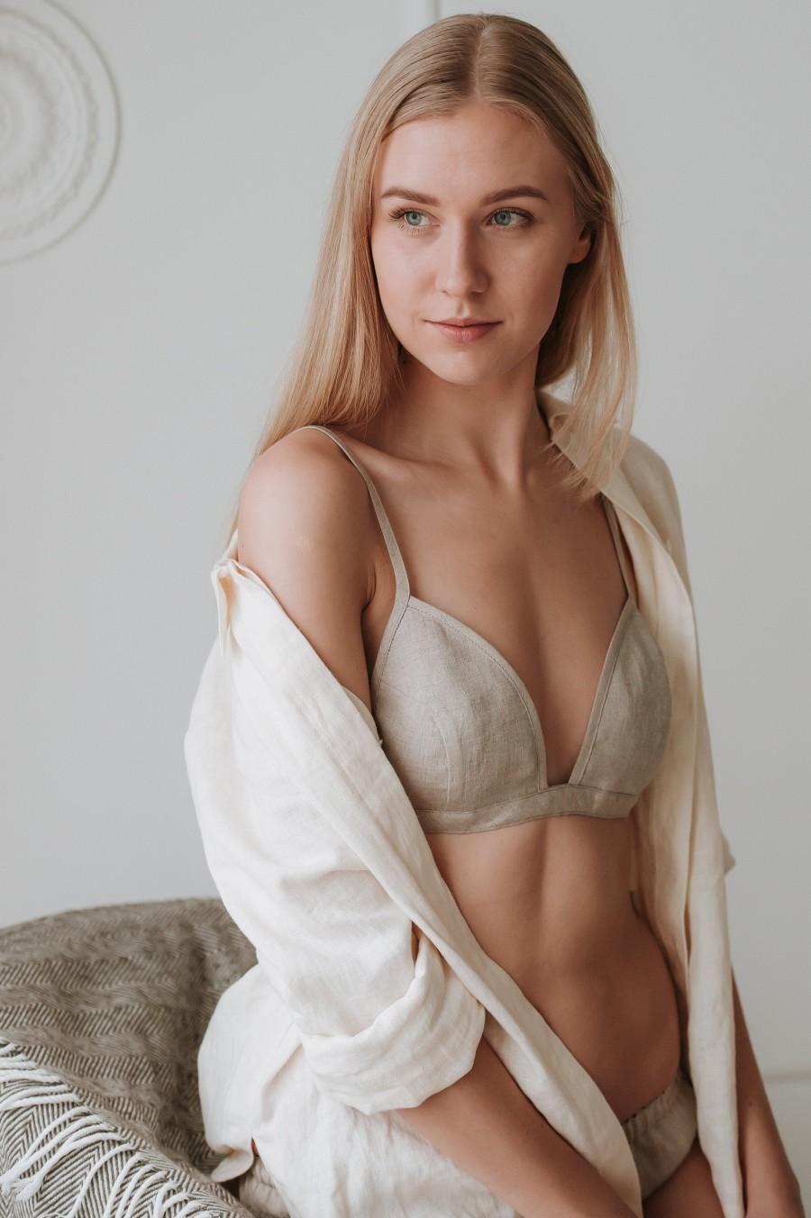 Свадьба - Organic White Linen Bralette, Soft Triangle Bra For Women