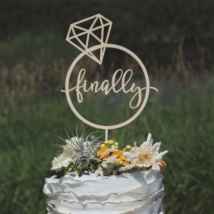 Mariage - Finally engaged cake topper, Engagement cake topper, Engagement party decorations and decor
