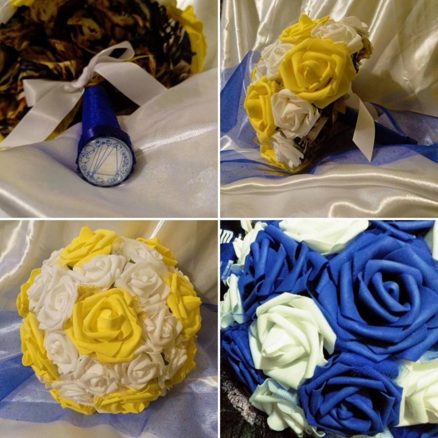 Mariage - Dr. Who 11th Doctor & Van Gogh inspired Bouquet for Wedding Shown In Bride and Bridesmaid size Multiple Sizes and Color Variations Available