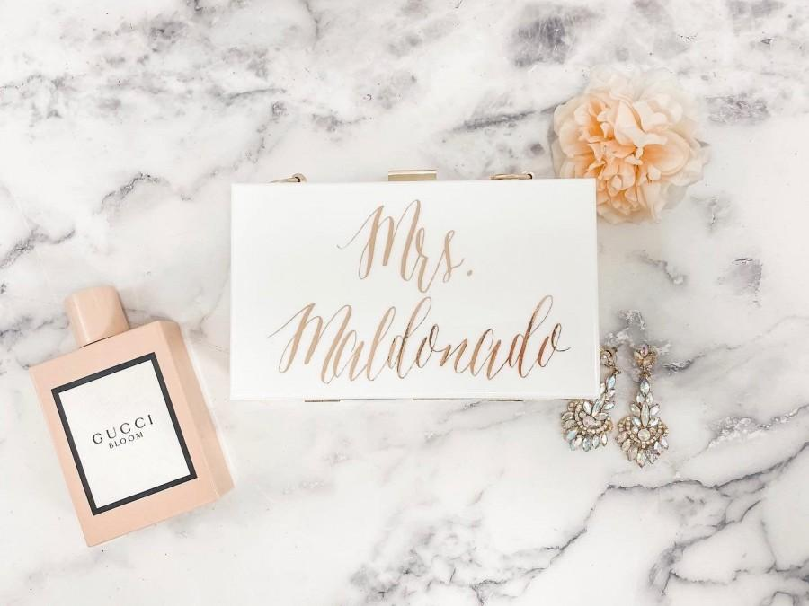 Mariage - Personalized Acrylic Clutch Mrs. Bride Bridesmaid Gift Purse Pearl Clutch Marble Clutch Bride to Be Clutch Future Last Name Clutch Gift