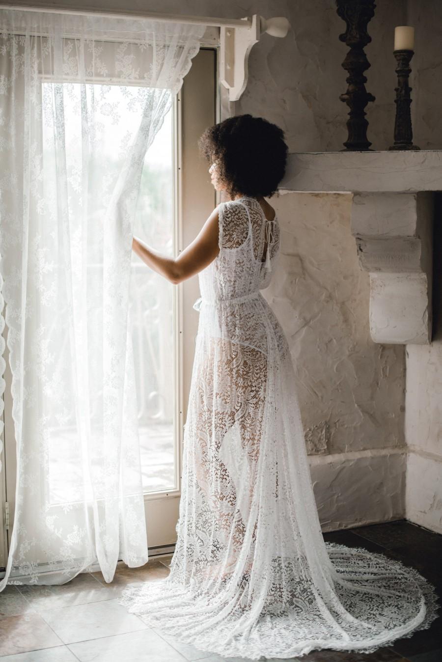 Wedding - LACE BRIDAL ROBE off white sleeveless with train, boudoir, wedding day robe, for photo shoot, wedding lingerie, shower gift, wedding gift