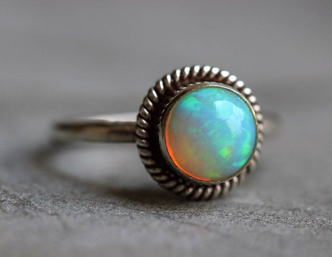 زفاف - Natural Opal Sterling Silver Ring - Gift for her - Gemstone Artisan ring - October birthstone - Bezel