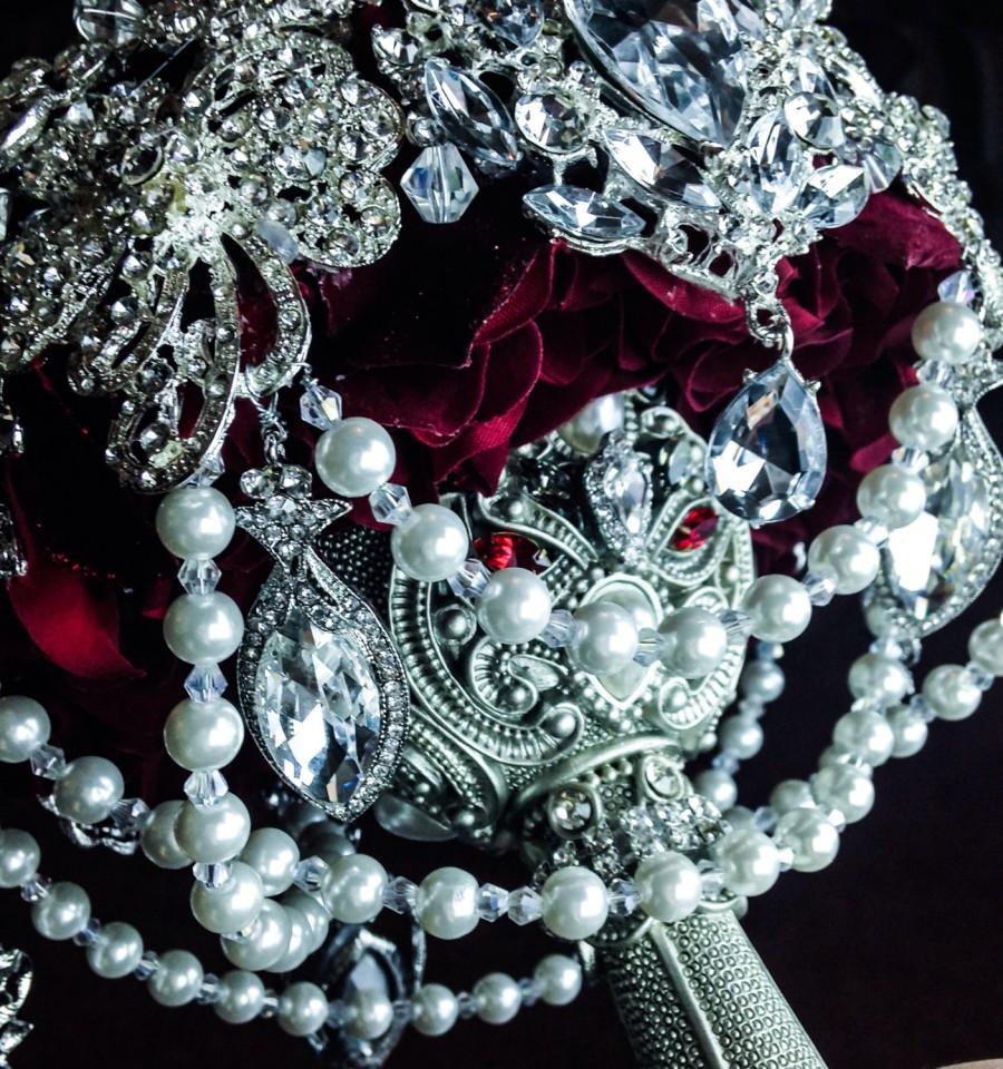 زفاف - Luxurious Merlot Sangria Ruby Red Silver Pearl Brooch Bouquet. Deposit on made to order Crystal Bling Brooch Bouquet