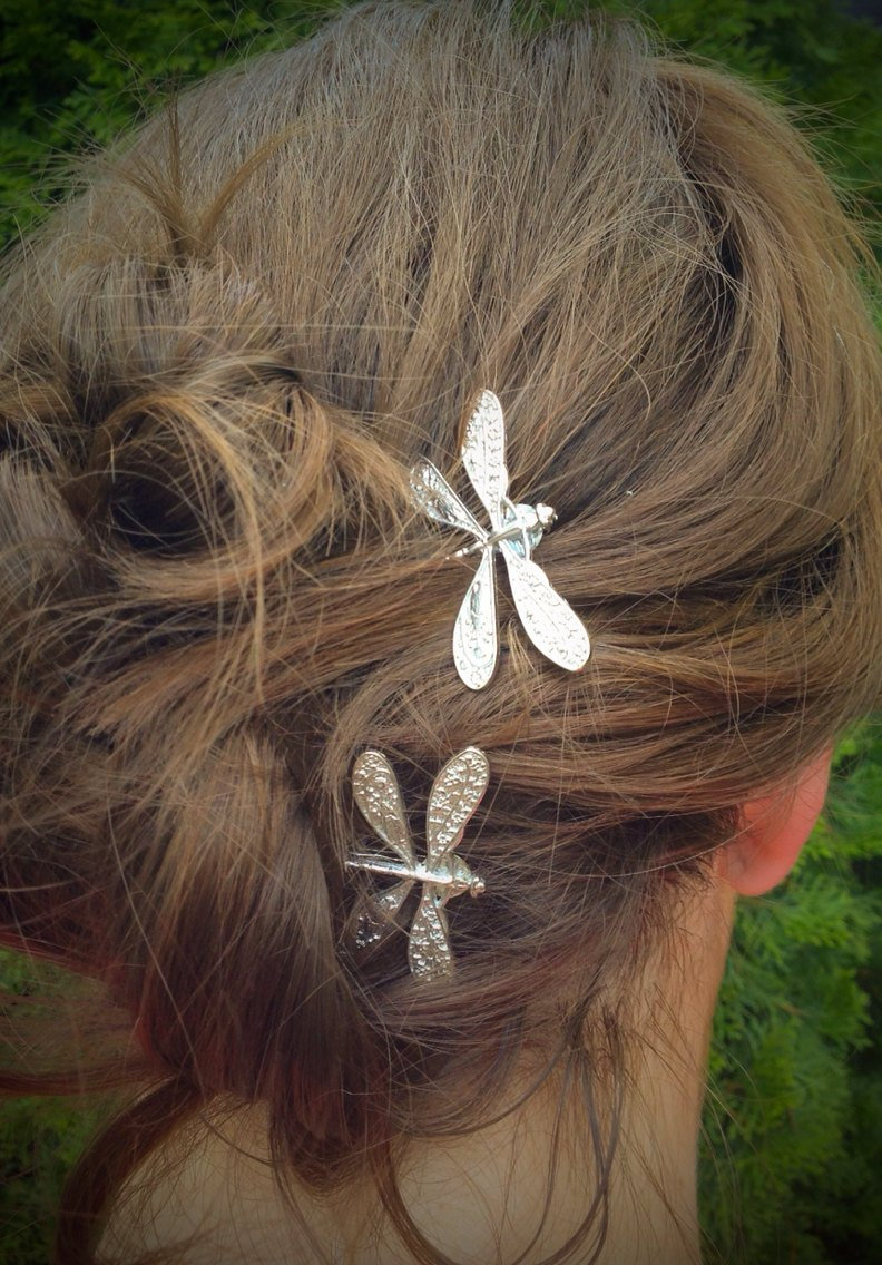 Свадьба - Dragonfly Bobby Pins, Set of Two, Antique Silver, Nickel Free Dragonflies, Dragonflies, Insect Pin, Dragonfly Hair Clips, Silver Dragonflies