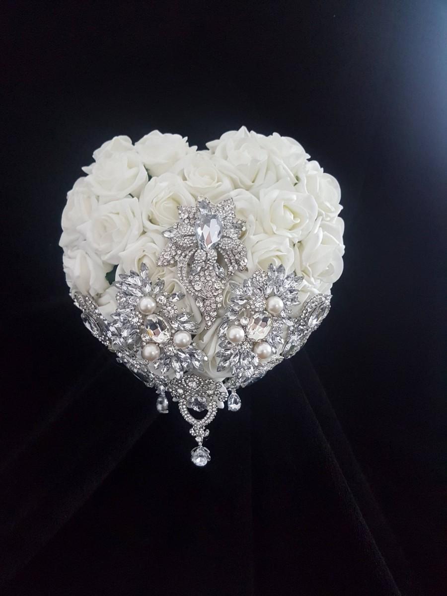 Mariage - Heart shape brooch bouquet  wedding flowers