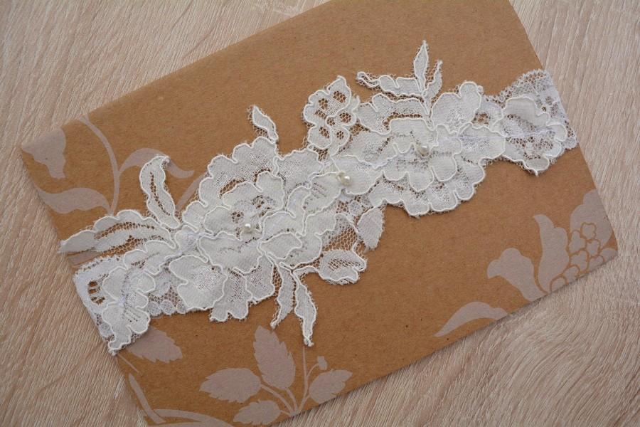 Wedding - Ivory Garter Ivory Lace Wedding Gift Rustic Garter Set, Ivory Garter Belt, Wedding Garter in Vintage, Boho Wedding Garters Bridal Garter Set