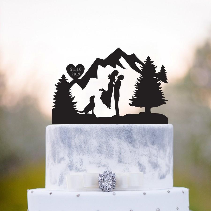 Wedding - Mountain cake topper with dog,mountain topper with dog,Outdoor cake topper,Mr and mrs with dog cake topper,Mountain wedding cake topper,a76