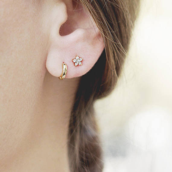 زفاف - Tiny Flower Stud Earring, Small Diamond Earring, Dainty Post, Delicate Earring Set, Daisy Earring, Minimalist Jewelry Gold, 2nd Hole Earring