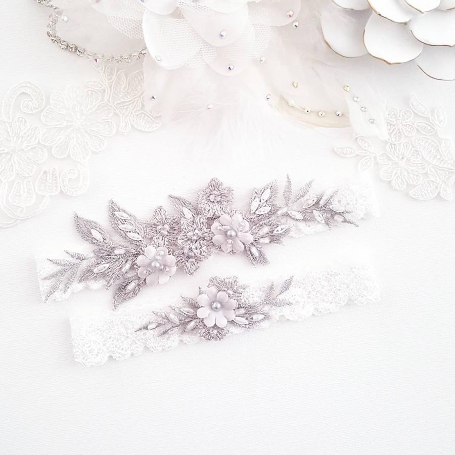 Wedding - Botanical Lace Bridal Wedding Garter, Gray Floral, Vintage Pearl Garter for Bride, Spring Wedding