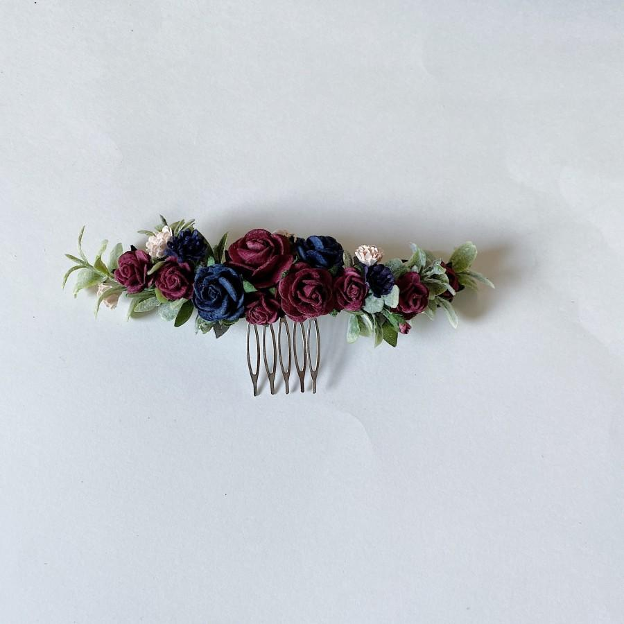 Свадьба - Navy and maroon hair clip, navy blue hairpiece, navy and burgundy hair comb, burgundy wedding hair piece, deep red white flower hair clip, b