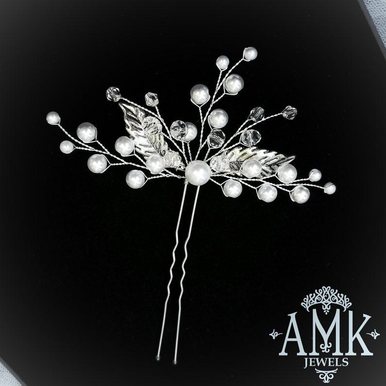 Hochzeit - Free shipping Hair pins with pearls and crystals, Bridal Hair Pins, Set of 3, 5 or 7 Hair Pins, Bridal Hair Accessory, Silver Hair Piece