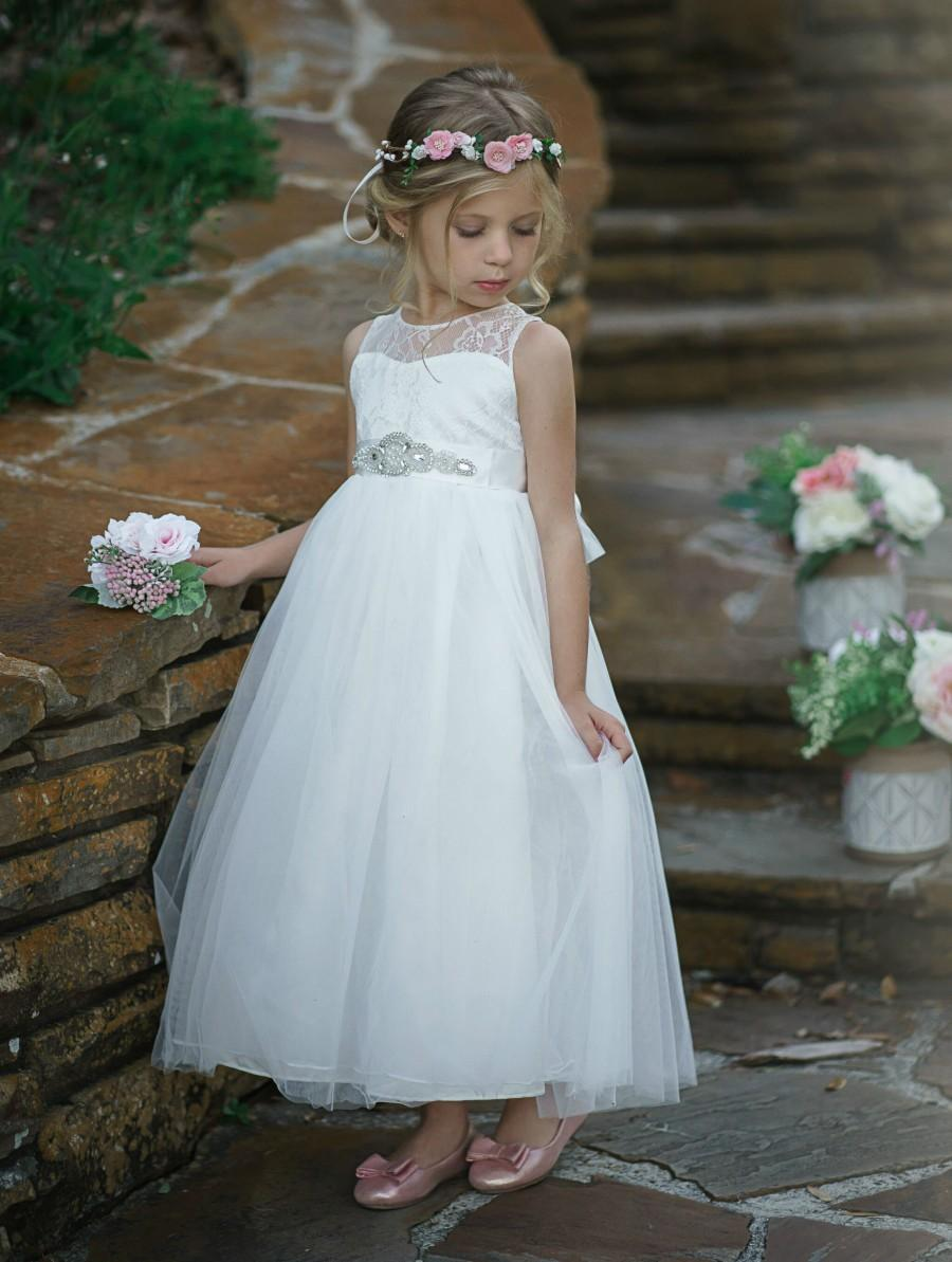 Mariage - White Tulle Flower Girl Dress, Lace Flower girl dresses, Boho Flower Girl Dress, Rustic Flower Girl, First Communion Dress, Tutu Girs Dress