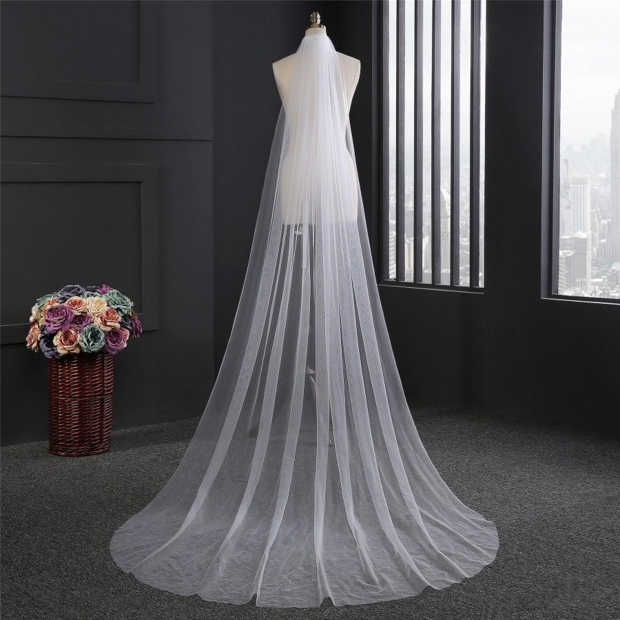 Mariage - Classic Single Tier Cathedral Length Plain White OR Ivory Soft Tulle Wedding / Bridal Veil with Raw Edge - Hair Comb attachment