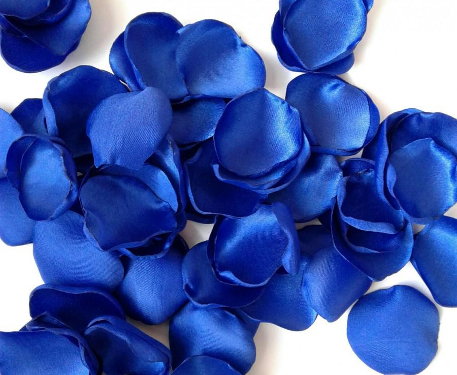 Wedding - Royal blue petals,  blue rose petals, rose petals, satin rose petals, royal wedding, wedding toss, wedding petals, flower girl petals.