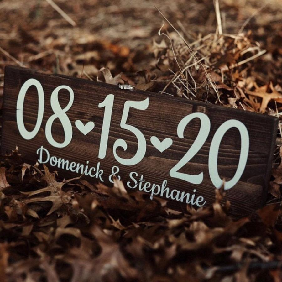Mariage - Engagement Photo Save the Date Sign Wedding Date Sign, Rustic Wedding Decor, Special Date Sign, Wedding Photo Prop, Engagement Announcement
